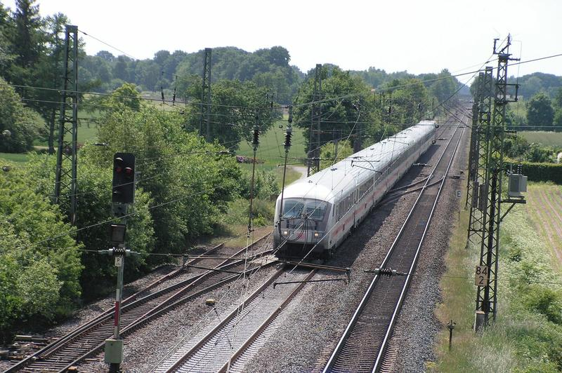 An der Rollbahn  (Wanne - Bremen) ......... 26890924mp