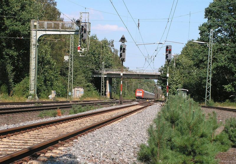 An der Rollbahn  (Wanne - Bremen) ......... 26891040st