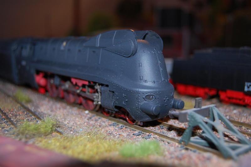 Stromlinienlokomotive 03.10 27112487eb
