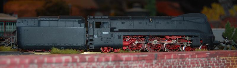 Stromlinienlokomotive 03.10 27112489iq