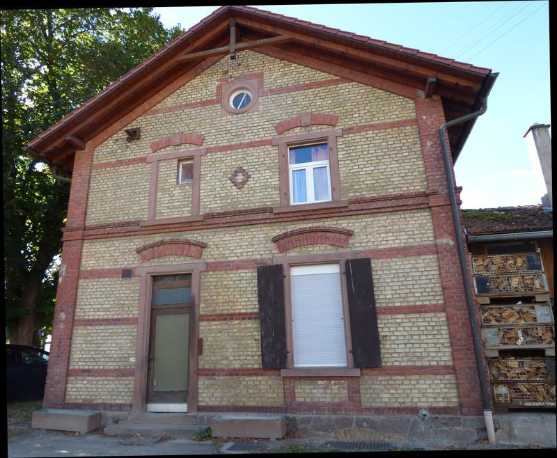 SWEG Bahnhofsgebäude Jechtingen  27176096nr