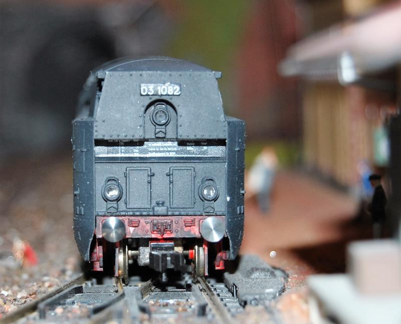 Stromlinienlokomotive 03.10 27417352sp