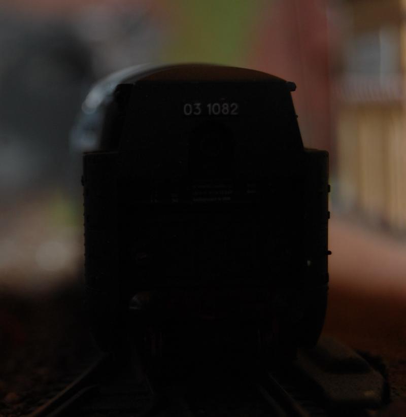Stromlinienlokomotive 03.10 27417354yq