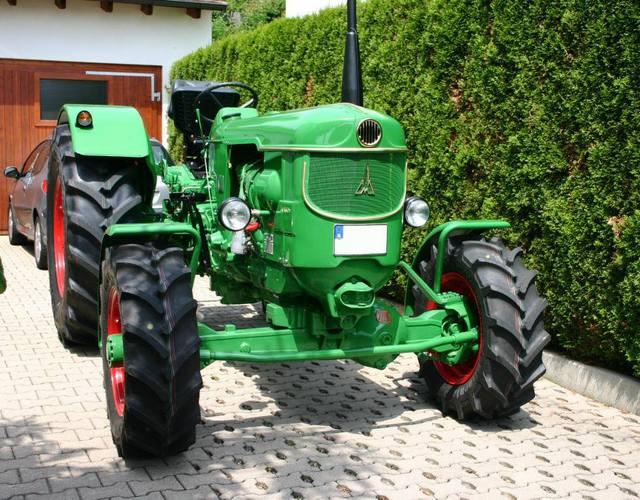 Traktori Deutz Fahr opća tema  27585883jg