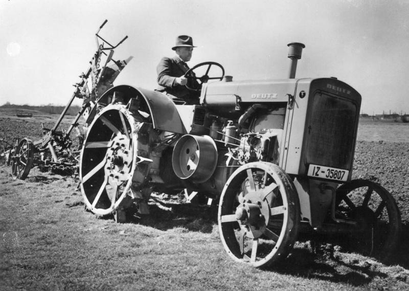 Traktori Deutz Fahr opća tema  27585891au
