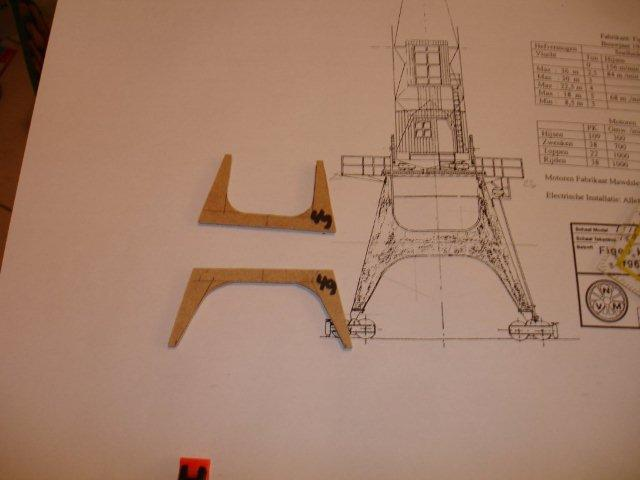 Baustufenbilder eines Hafenkran in H0 27925435da
