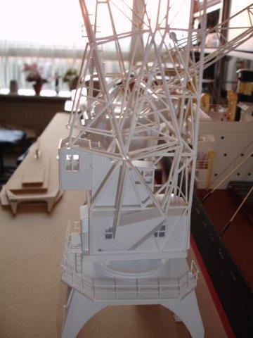 Baustufenbilder eines Hafenkran in H0 27934817fw