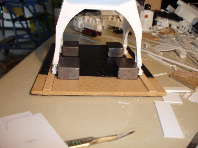 Baustufenbilder eines Hafenkran in H0 27934943fw