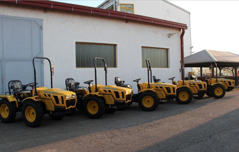 Traktori Hittner Ekotrac opća tema - Page 2 28090248ie