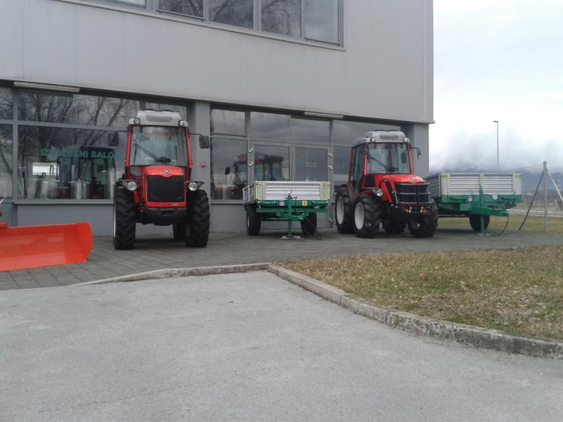 Traktori  Antonio Carraro opća tema  - Page 29 28416508zf