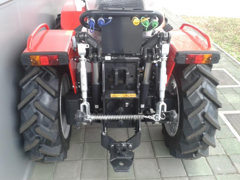 Traktori  Antonio Carraro opća tema  - Page 29 28416512go