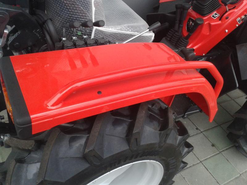 Traktori  Antonio Carraro opća tema  - Page 29 28416515od