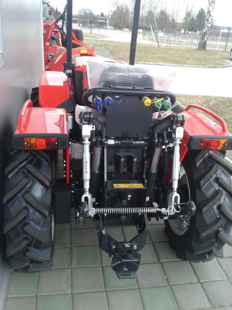 Traktori  Antonio Carraro opća tema  - Page 29 28416676vg