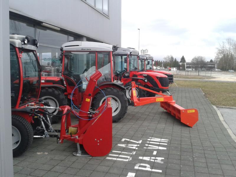 Traktori  Antonio Carraro opća tema  - Page 29 28416733yy