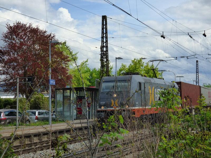 Bunter Triebfahrzeug-Bilder-Mix ..... 29146935ye