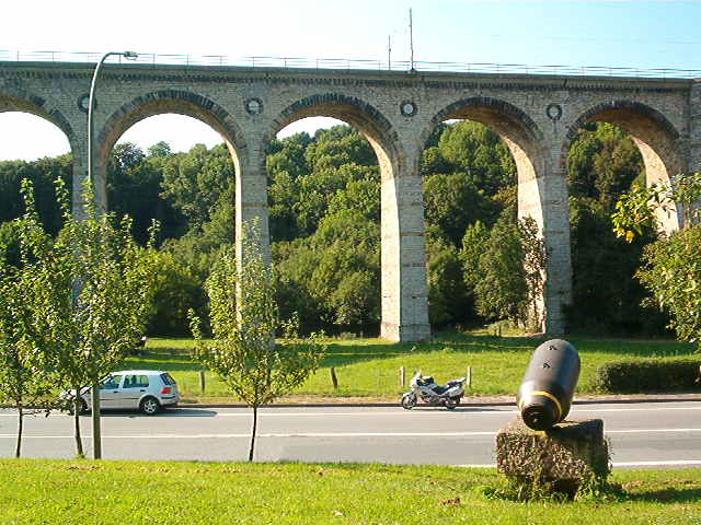Denkmallok 044 389-5 in Altenbeken (Aug.2004) 29172729wc