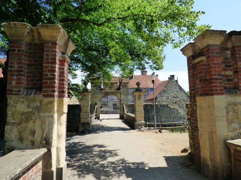 Rundgang um Burg Vischering in Lüdinghausen 29500007ar