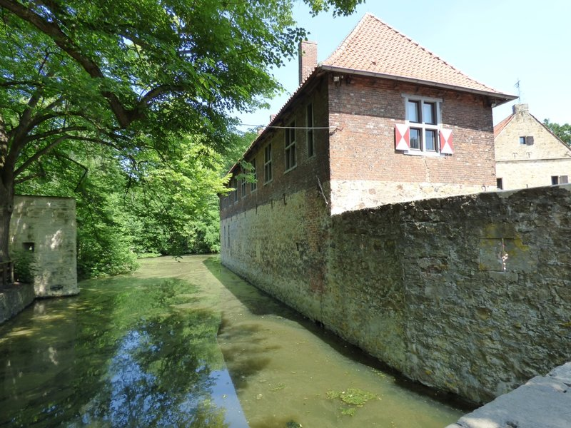 Rundgang um Burg Vischering in Lüdinghausen 29500015ic