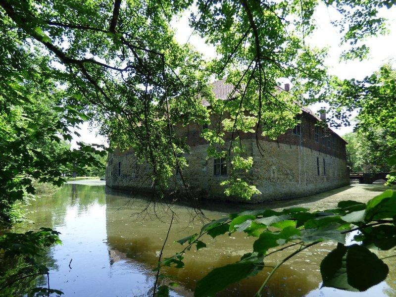 Rundgang um Burg Vischering in Lüdinghausen 29500028di