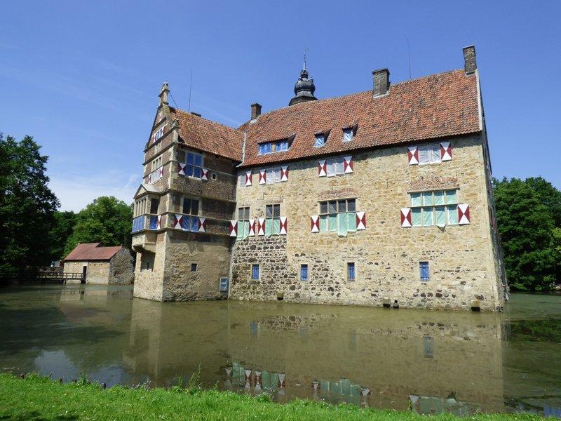 Rundgang um Burg Vischering in Lüdinghausen 29500049pp