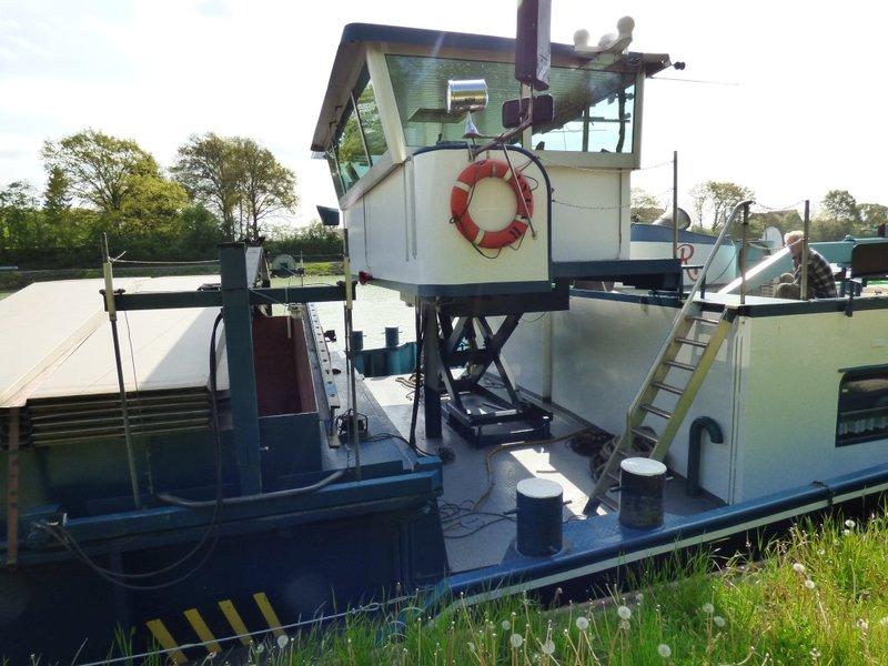 Binnenschiff BARGE / Schreiber 1:100 als RC-Modell - Seite 4 29591793lw