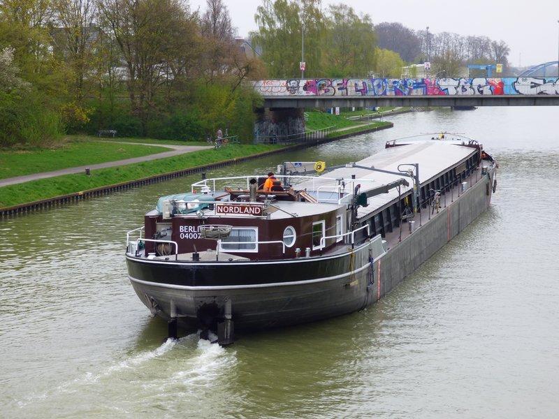 Binnenschiff BARGE / Schreiber 1:100 als RC-Modell - Seite 4 29592256qm