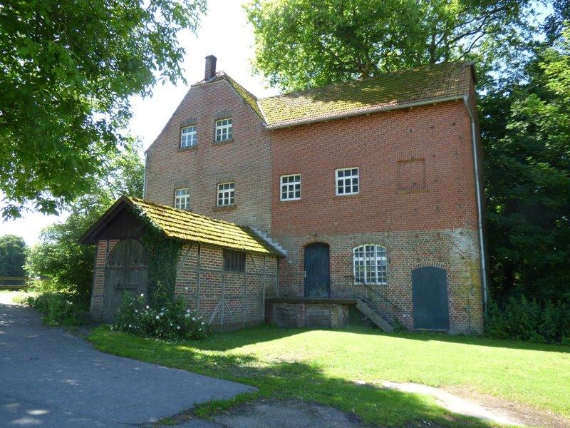 Wasserschloß Darfeld und seine Wassermühle 29679097fw