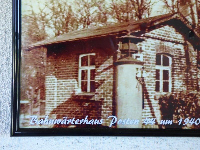 Bf Darfeld und die Schrankenposten der RadBahn 29688792vk