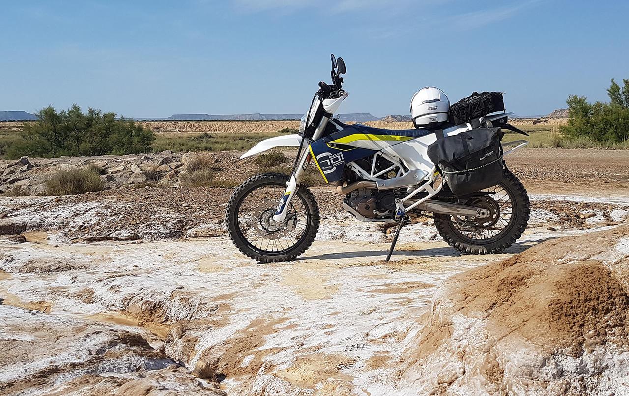 Hésitation mitas E09 Dakar vs Dunlop d908rr vs Pirelli mt21 29802564nu