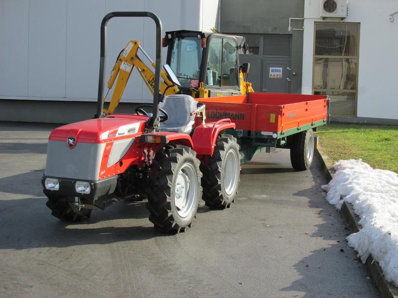 Traktori  Antonio Carraro opća tema  - Page 32 31156987qo