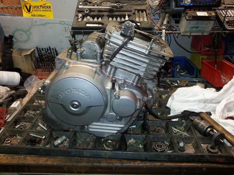 Honda Dominator Motoren und mehr ( BLÖDE IDEEN 2018 ) 31431755xa