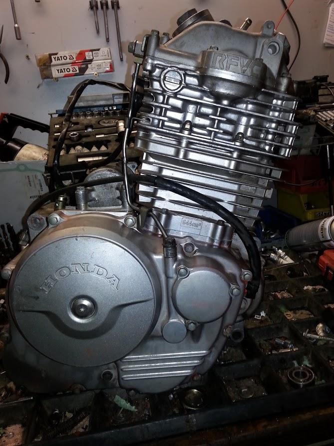 Honda Dominator Motoren und mehr ( BLÖDE IDEEN 2018 ) 31483737zr
