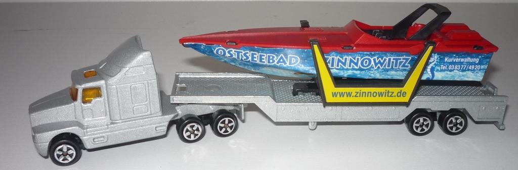 N° 613 Kenworth with Speedboat 33047233jx