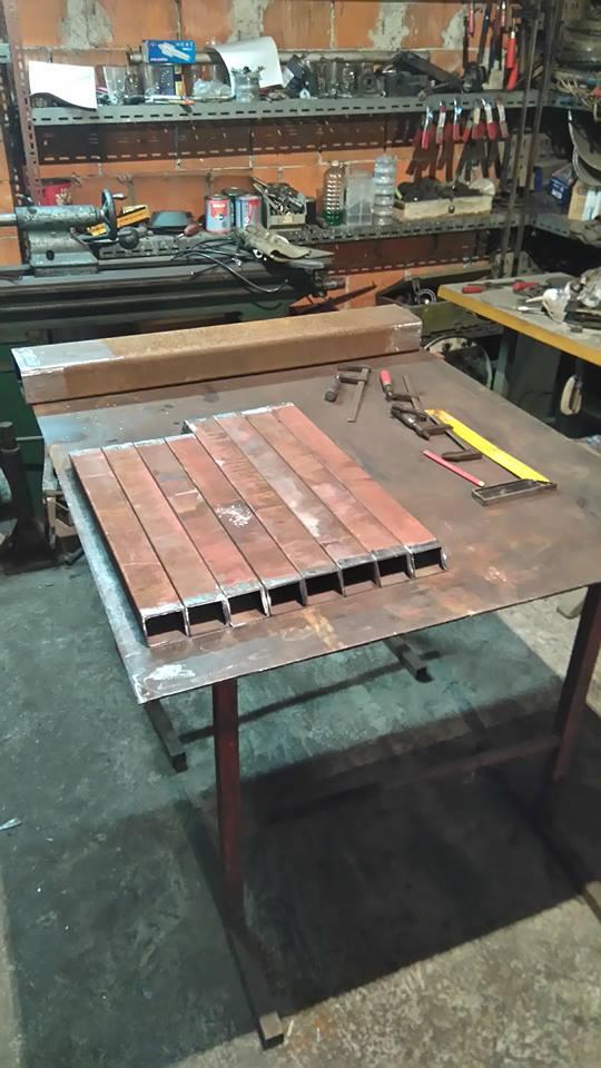 Banzek  za drva 33569847yu