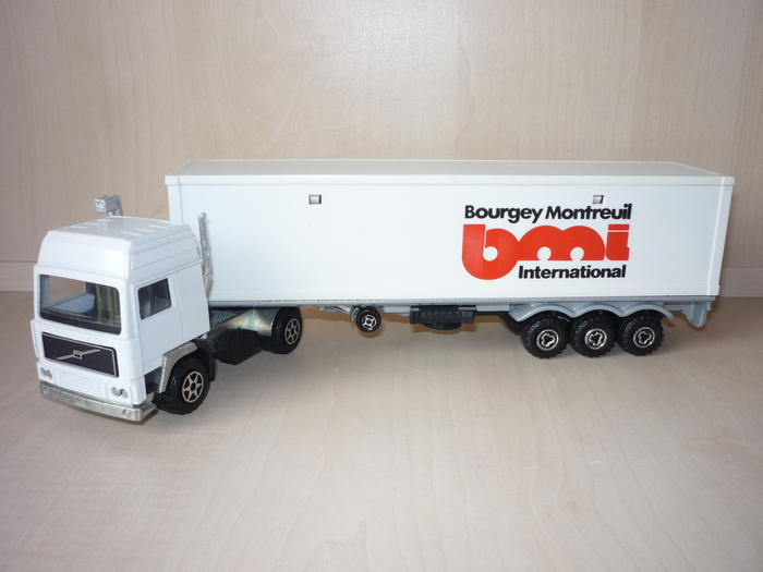 N°3055 Volvo Porte Container. 4599560