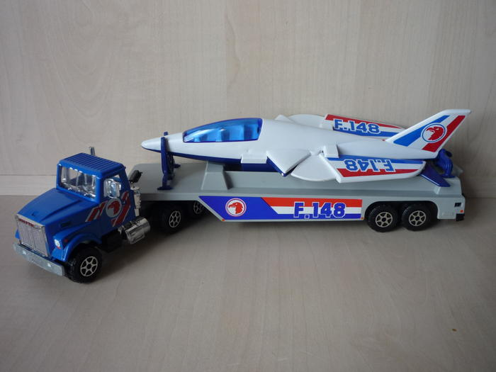N°3074 White RoadBoss II Transport Avion 4611632