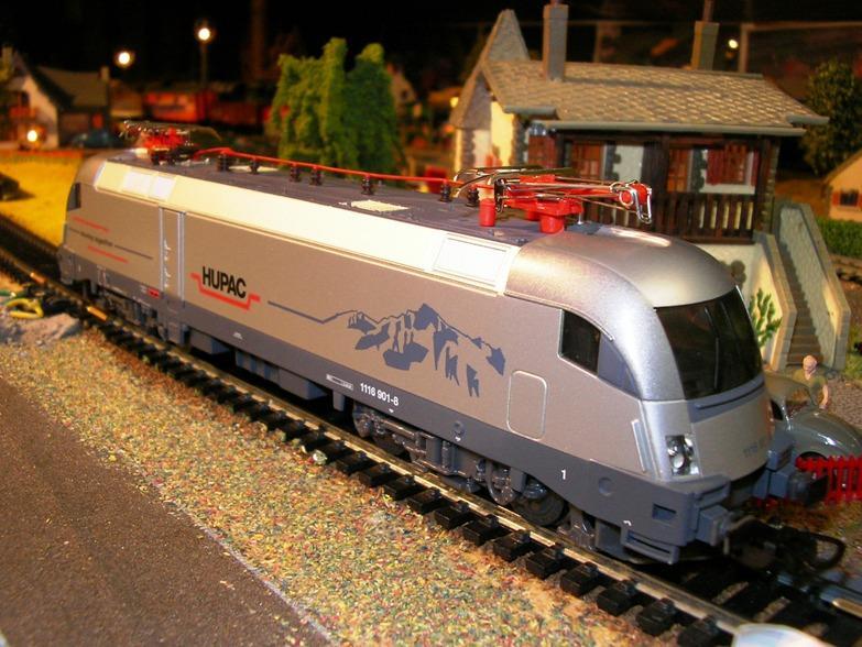 Piko Taurus TX Logistik 7057456tec