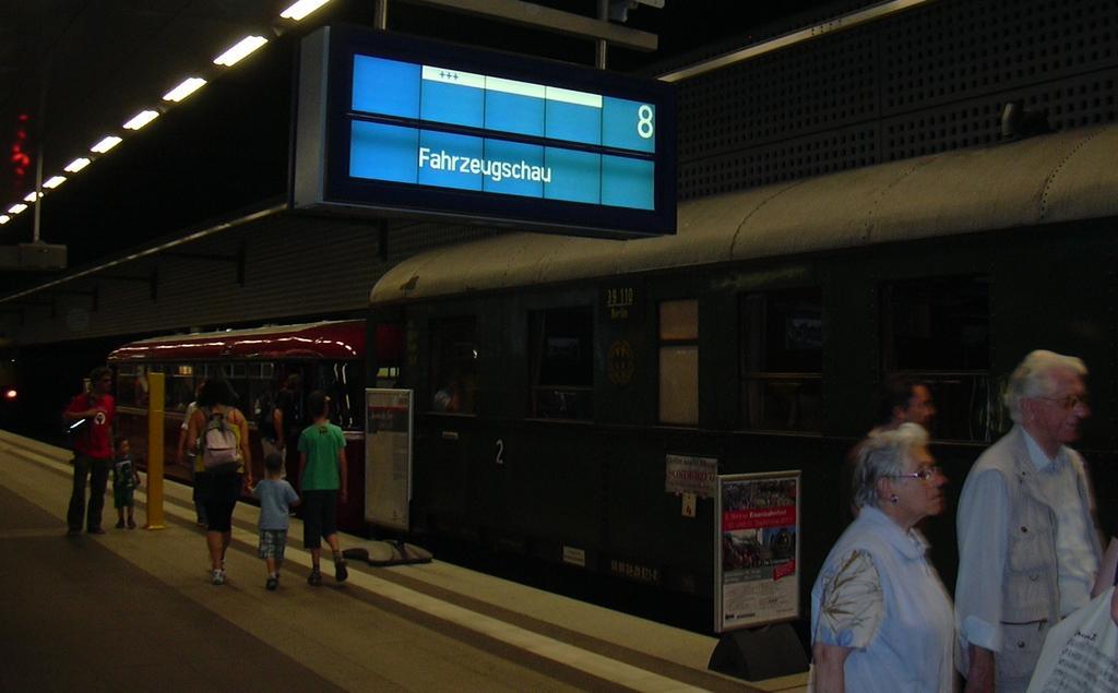 5 Jahre Hauptbahnhof Berlin 7167478azs