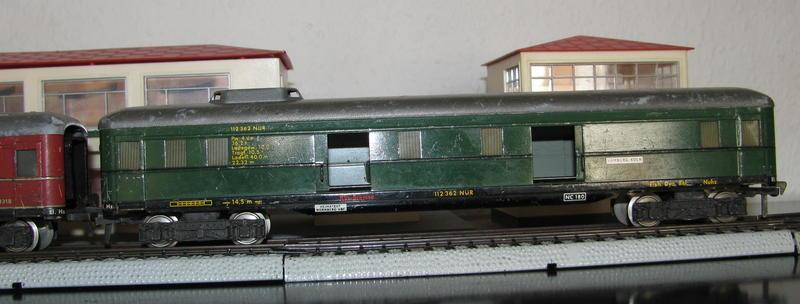 Alte Schürzenwagen im Vergleich 8488304rgr