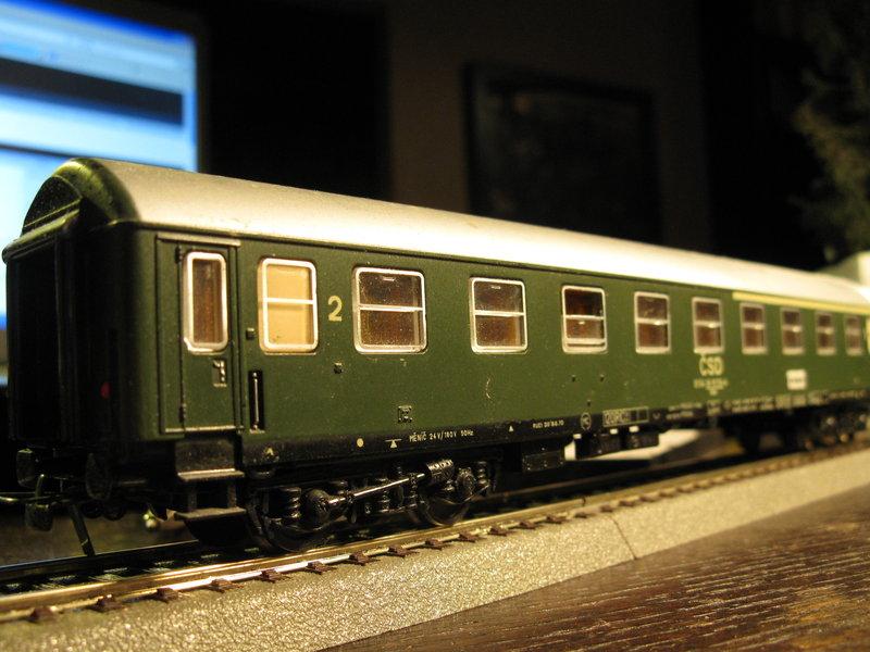 Schnellzugwagen der DDR Fa.Schicht 8698758khw