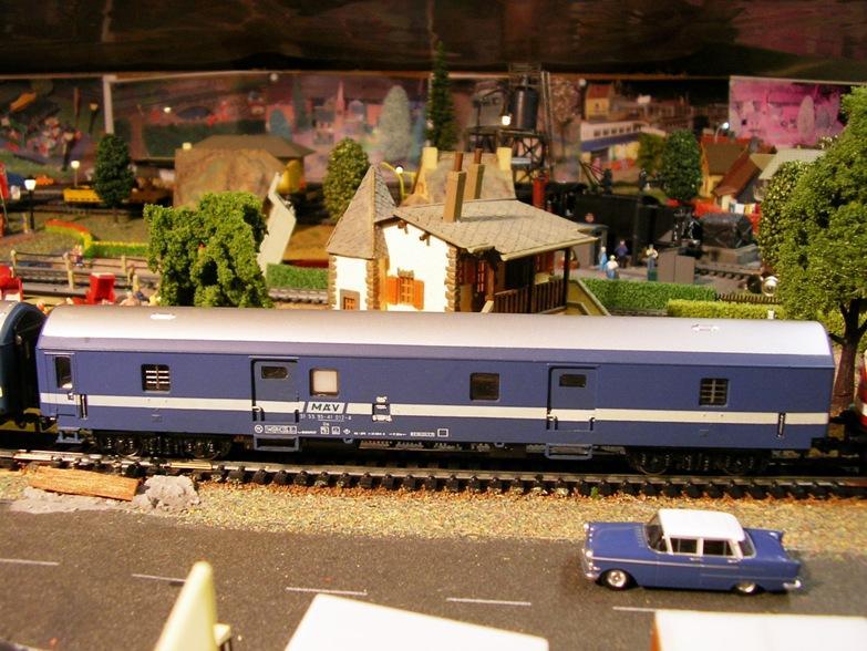 Schnellzugwagen der DDR Fa.Schicht 8709254way