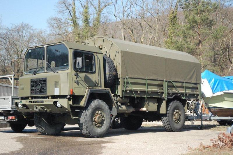 saurer truck bus 9829696kpm