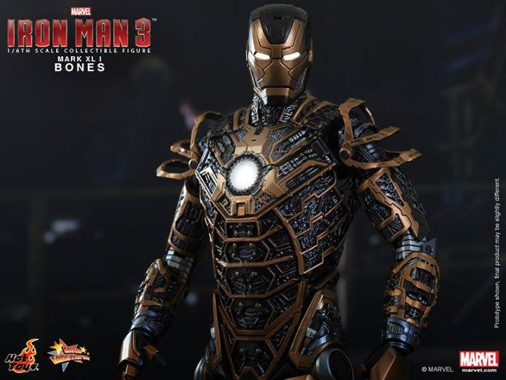 Iron Man 3 (Hot Toys) Cpi12