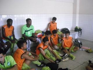 ภาพการแข่งขันนัดสตูล Division 2 Match Satun Utd 10/04/2553 Image00017