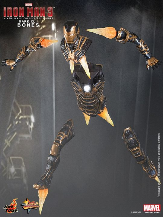 Iron Man 3 (Hot Toys) Xfxi3