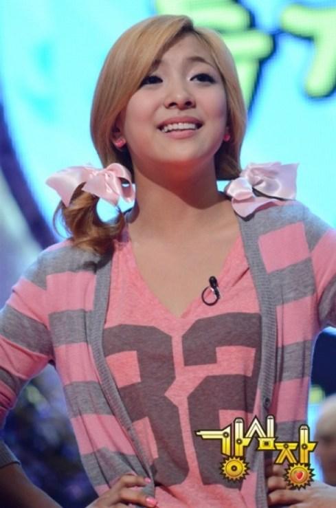 [News] 110329 f(x) ลูน่าบ่อน้ำตาแตกเพราะคังโฮดง Fx-luna-strong-heart