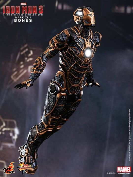 Iron Man 3 (Hot Toys) 8f2i7