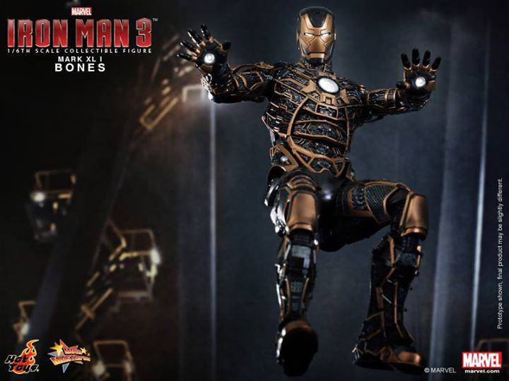 Iron Man 3 (Hot Toys) Bm9i6