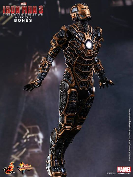 Iron Man 3 (Hot Toys) Tw3i1