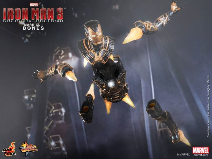 Iron Man 3 (Hot Toys) Thi13